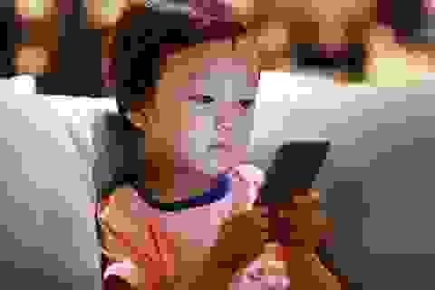 Trẻ đối mặt với nguy cơ u não cao gấp 5 lần do nghiện smartphone