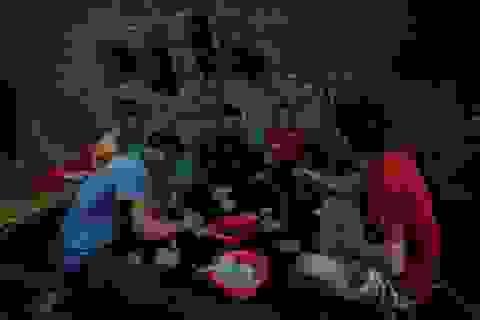 """Những công nhân """"ngày làm phụ hồ, tối ngủ biệt thự triệu đô"""" ở Hà Nội"""