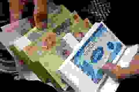 """Dịch vụ đổi tiền lẻ """"hét giá"""" ngày Tết, đổi 4 triệu đồng nhận về 1 triệu đồng"""