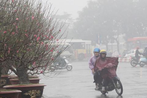 Ngày mai Bắc Bộ và miền Trung mưa rét