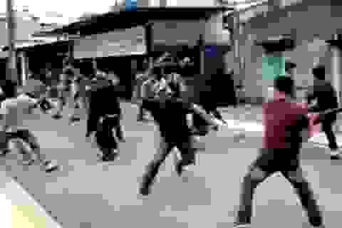 Hai nhóm công nhân xô xát khiến một người tử vong