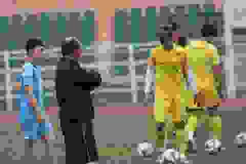 Tấn Tài bị treo giò ở trận mở màn gặp UAE của U23 Việt Nam