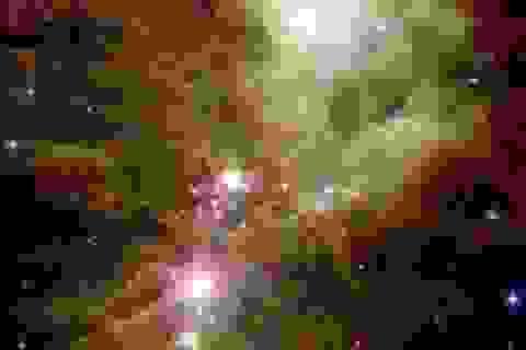 Kính viễn vọng không gian của NASA chụp được hình ảnh những bông tuyết vũ trụ