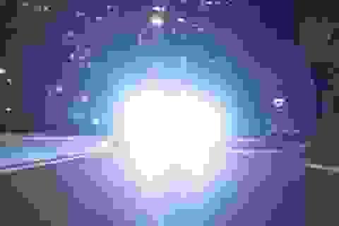 Tăng mức phạt đối với việc dùng đèn pha trong đô thị