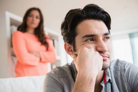 """Chồng """"bật mí"""" về lý do chán vợ khiến hội chị em sôi sùng sục"""
