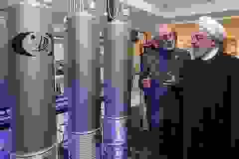 """Iran tuyên bố làm giàu uranium """"không giới hạn"""" sau khi mất tướng cấp cao"""