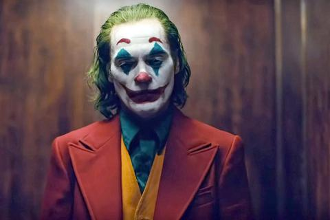"""Lễ trao giải Quả cầu vàng 2020: Joaquin Phoenix của """"Joker"""" giành giải Nam diễn viên xuất sắc"""