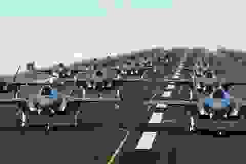 """52 """"tia chớp"""" F-35A của Mỹ tập trận """"Voi đi bộ"""""""
