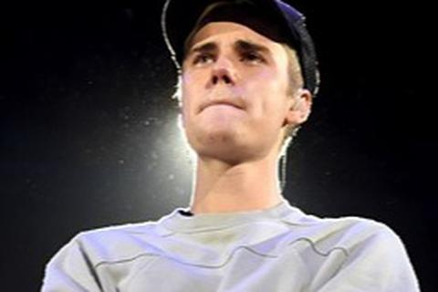 Justin Bieber mắc bệnh Lyme