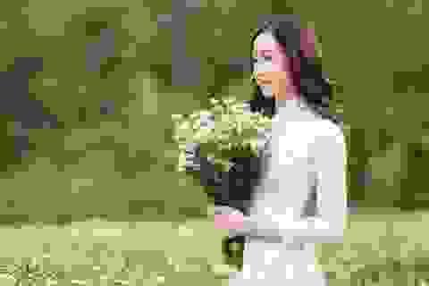 Anika Trinh Trinh đăng quang Hoa khôi Gương mặt Thời trang Mùa Xuân