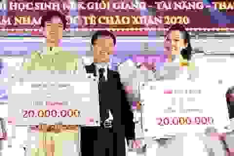Lộ diện Nam vương và Hoa khôi học sinh trường THPT Nguyễn Bỉnh Khiêm