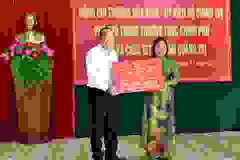 Phó Thủ tướng tặng Quỹ khuyến học tại Quảng Trị 400 triệu đồng