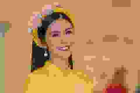 """Hoa hậu Ngọc Hân ngầm khẳng định ngày """"theo chàng về dinh"""" không còn xa"""