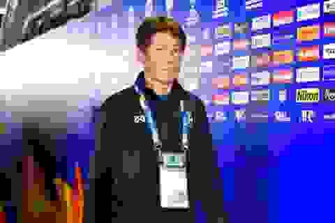 HLV Akira Nishino bực bội vì lịch thi đấu của U23 Thái Lan