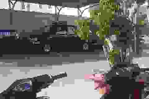 Vừa trộm được xe máy, gặp phải cảnh sát 113