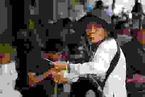 """Việt Nam già hóa dân số nhanh nhất thế giới, sao tránh cảnh """"chưa giàu đã già""""?"""