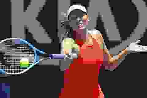 Australian Open: Nadal thắng dễ dàng, Sharapova rời cuộc chơi sớm