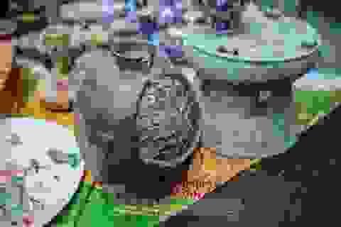 """""""Thời ông bà anh"""" ở phiên chợ Tết kỳ lạ đất Hà Thành"""