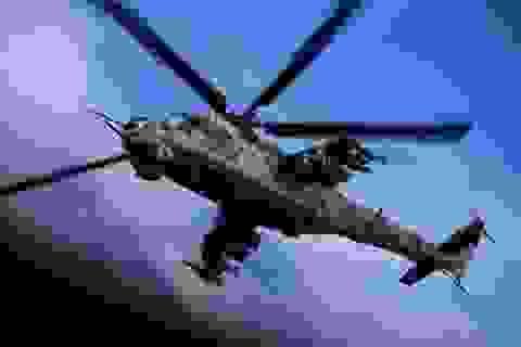 """""""Xe tăng bay"""" Mi-24 của Nga bất ngờ cất cánh tại căn cứ Mỹ"""