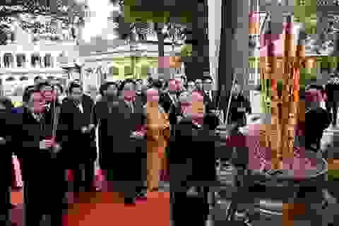 Lãnh đạo Đảng, Nhà nước dâng hương tại Hoàng thành Thăng Long