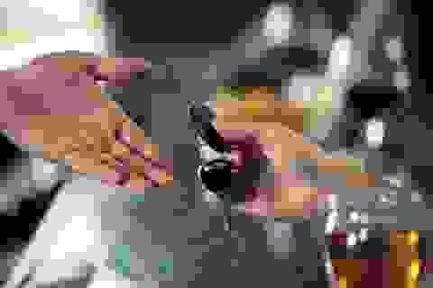 Dịch vụ lái xe cho người say 'ăn nên làm ra'