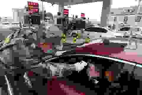 Giá dầu giảm sâu nhất trong 6 tháng do lo ngại dịch corona bùng phát