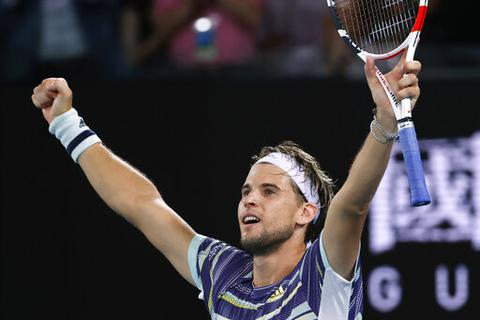 Australian Open: Đánh bạiNadal sau ba loạt tie-break, Thiem vào bán kết