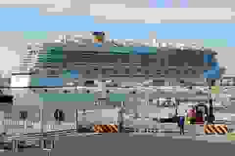 Hai khách nghi nhiễm virus corona, cả du thuyền 6000 người bị cách ly