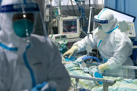 Bệnh nhân nhiễm virus corona ở Việt Nam được điều trị như thế nào?