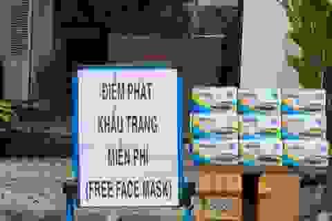 Đà Nẵng: Nhiều nơi phát khẩu trang miễn phí phòng virus Corona