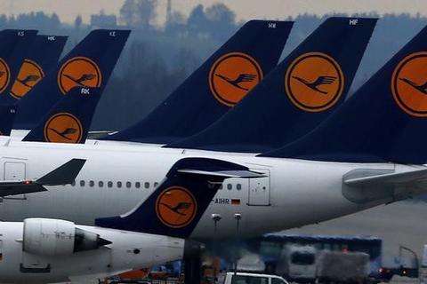 Nhiều hãng hàng không ngừng bay đến và đi từ Trung Quốc