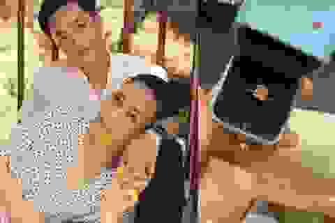 Cường Đôla ngày càng yêu chiều vợ, tặng nhẫn kim cương đầu năm