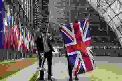 Liên minh châu Âu hạ cờ, tiễn Anh rời khỏi khối