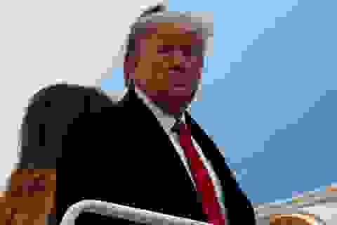 Tổng thống Trump thở phào trong phiên tòa luận tội