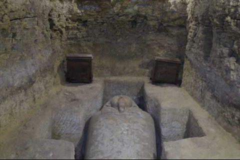 Những ngôi mộ cổ của linh mục cấp cao được phát hiện ở Ai Cập