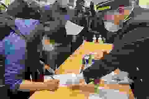 Tạm dừng nhận lao động, chuyên gia từ vùng có dịch ở Trung Quốc về Việt Nam