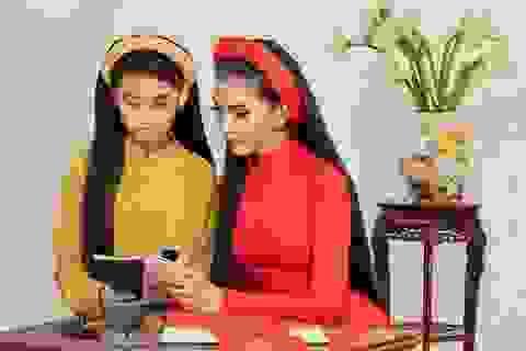 Á hậu Trương Thị May lần đầu khoe cô em gái xinh xắn, học giỏi