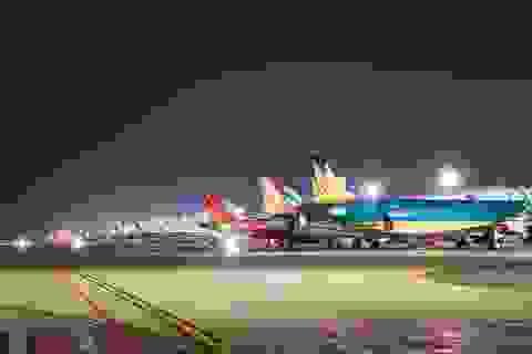Hi hữu: Bốn hãng chia nhau khai thác 2 chuyến bay theo ngày chẵn-lẻ