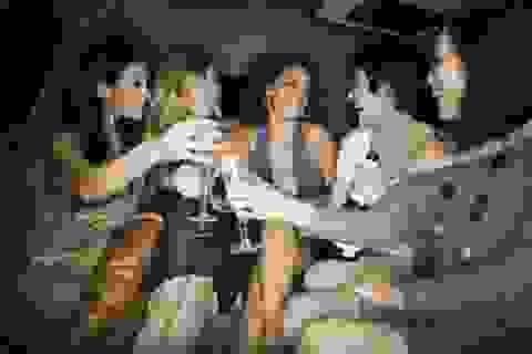 Việt Nam nằm trong top 3 nơi tổ chức tiệc độc thân được yêu thích