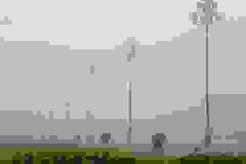 Hà Nội thơ mộng sau làn sương mù dày đặc