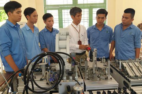 Dịch Covid-19: Hơn 1.600 cơ sở sở giáo dục nghề nghiệp nghỉ tới hết tháng 2
