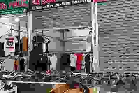 """Chợ Ninh Hiệp: Tiểu thương """"than"""", mở mắt là lỗ 4 triệu đồng vì dịch corona"""
