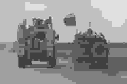Xe thiết giáp Mỹ bị nghi tạt đầu, đẩy xe quân sự Nga khỏi đường ở Syria