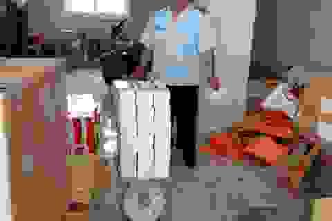 Bắt người đàn ông chở hàng chục nghìn khẩu trang y tế… vượt cửa khẩu