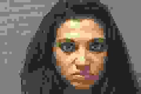 """Bị bắt vì liên tục gọi cảnh sát đến """"giải quyết việc gia đình"""""""