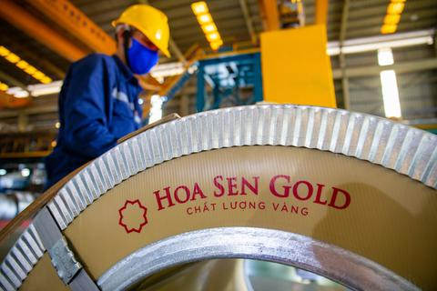 Tập đoàn Hoa Sen tạo đột phá với dòng sản phẩm tôn siêu bền Hoa Sen Gold