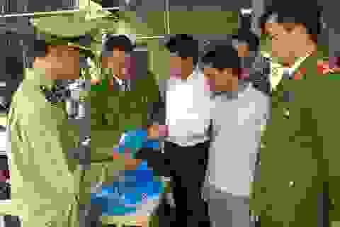 Chủ lò mổ mở xưởng sản xuất khẩu trang y tế giả, không có lớp kháng khuẩn
