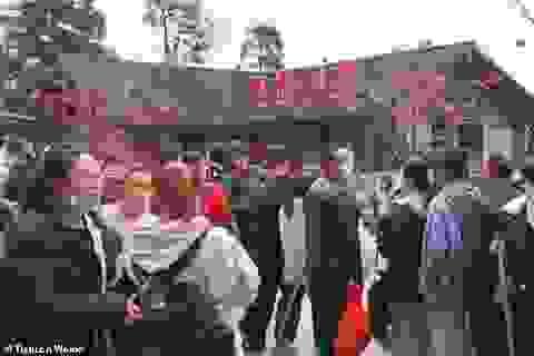Dân Trung Quốc vẫn ồ ạt đi du lịch bất chấp dịch Covid-19 đang hoành hành