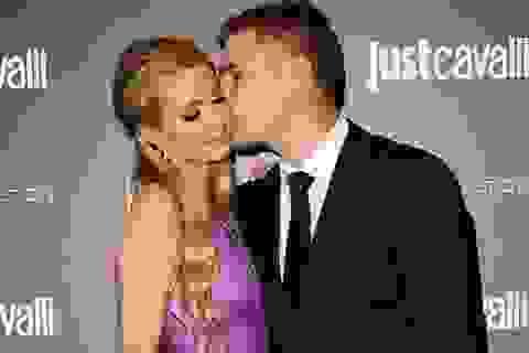 Paris Hilton tuyên bố chia tay bạn trai là quyết định đúng đắn nhất