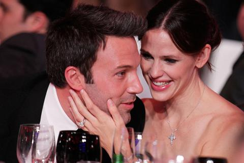Ben Affleck mãi thân thiết với vợ cũ